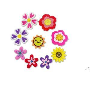 새로운 만화 꽃 PVC 고무 신발 매력 신발 액세서리 Clog Jibz 맞추기 손목 밴드 악어 단추 신발 장식 선물 BWC7641