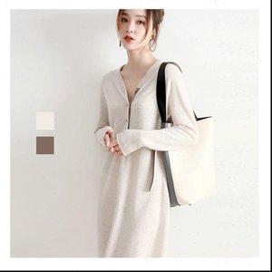 Beliarst Otoño e invierno Vestido para mujer Tamaño grande Sección Larga Cashmere Leaver Wool Punto Flojo V Suéter