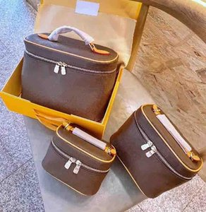 Lady Cosmetic Bags Fashion Makeup Bag Women Designers Handbag Travel Pouch Ladies Purses High Quality Organizador Toiletry Bag
