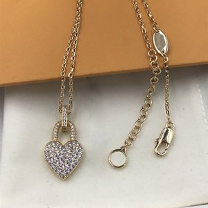 Fashion Classic Women Necklace Vintage Heart Lock Shape Chain Charm Full Rhinestone Alloy Pendant Outdoor High Street Party Necklaces