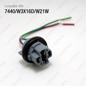LEEWA 2PCS Car 7440 W3X16D W21W T20 LED Bulbs Signal Lights Socket Harness Plugs Connector #3818