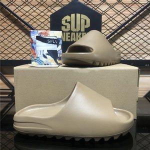 Tijeras de sandalias de alta calidad graffiti resina de hueso desierto zapatillas de goma arenosa verano marrón plano hombres mujer playa espuma runner tamaño 36-45