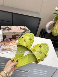 Новый цвет пляж заклепка серии дизайн женские летние сандалии пляжные слайд тапочки люкс дамы шлепанцы ловиты небо синий размер 35-42