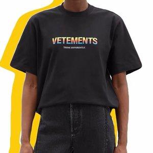 Письмо 2021SS Новая Радуга Уверенность Печать Унисекс Vetement Vetems Vetm Короткие Футболка с коротким рукавом