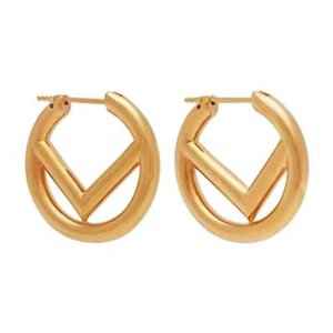 Women Designer Earrings Womens Classic Circle Ear Studs Letters Fashion Lady Exquisite Jewelry Brass Ladies Elegant F Earring Habbly