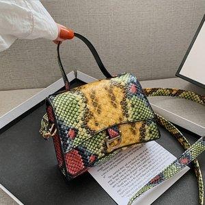 Female Crossbody Bag Pochette 2021 European and American Retro Snake Pattern Handbag ins Fashion Mini Shoulder Messenger Tote
