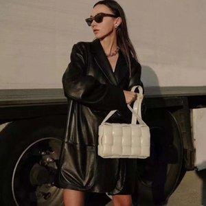 2021 Mode Cuir Cuir Tissé Lady Messenger Sac Tempéramament Loisirs Business Business Sacs Matériel Boucle Boucle Haute Qualité Bandoulière Handbags et sac à main