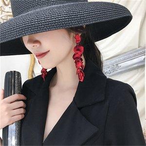 NUEVO Diseñador de tendencias Europa y América Moda caliente Nuevas Pendientes de Petales de Resina Roja Sexy Pendientes Mujer Bohemia femenina 1138 Q2