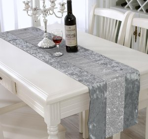 Modern Solid Color Bright Diamond Table Runner Fashionable Western Model Cloth