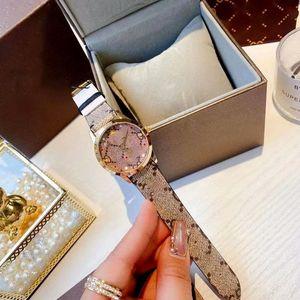 2021 women cartoon pictures Quartz Watch fashion versatile 30mm Analog Watches Womens luxury brand montre de luxe Leather strap wristwatches pin buckle wristwatch