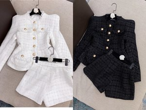 European and American catwalks the latest Tweed jacket + shorts suit