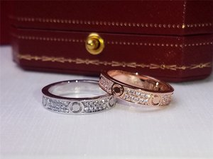 Luxury Designer Jewelry Womens And Mens Fashion Designer Rings Classic Diamond Love Ring Golden Silver Color