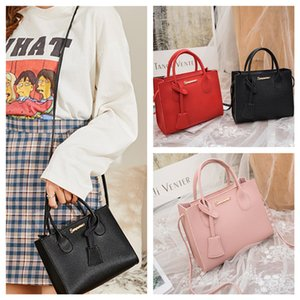 High Quality Women's Versatile Tote Bag with Straps Fashion Onthego Handbag Genuine Leather Shoulder Bag