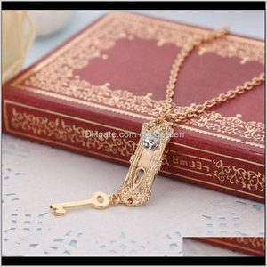 Alice In Wonderland Necklace Diamond Golden Key Lock Pendant Necklaces For Women Movie Statement Jewelry Christmas Gift 5962 Nunce Luhul