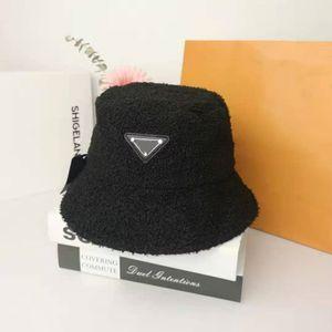 バケツ帽子メンズ女性暖かいファッションフィットスポーツビーチパッドテディベルベットフィッシャーマン帽子ポニーテール野球キャップスナップバック高級スタイル