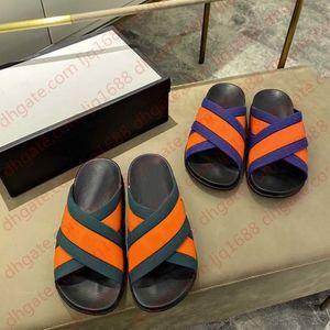 Роскошные плоские сандалии дизайн вышивка черные тапочки неглубокий пляжный досуг крытый кружевной коробка блокировки полный набор аксессуаров 35-44 Shoe008 1301