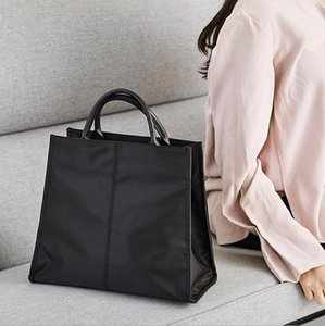 حقيبة المرأة الربيع / الصيف 2021 أزياء بسيطة حقيبة يد فاخرة واحدة كتف أكياس أكسفورد القماش