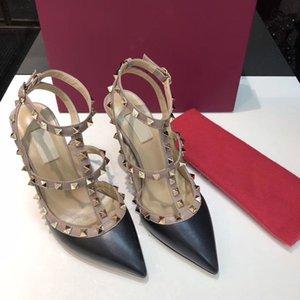 2020 Diseño de lujo Slingbacks Slingbacks Designer Gladiador Sandalias Mujeres Rivet Zapatos Rojo desnudo atractivo Tacones altos altos Bombas 9.5cm Talón grande Tamaño