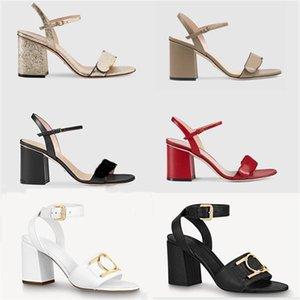 النساء قفله الصنادل الفاخرة عالية الكعب المعدني جلدية جلدية منتصف كعب صندل من جلد الغزال مصمم الصنادل الصيف شاطئ أحذية الزفاف 35-41 مع مربع