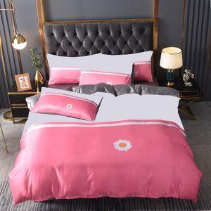 Queen Size Bettbezug Bettwäsche 4 STÜCKE Sätze Echt Seide Quilt Covers Bettblatt Hohe Qualität Brief Drucken Home Kissenbezug