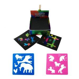 Desenho brinquedos scratch notas conjunto arranhão doodle arte com 100 papel holográfico arco-íris, 2 estilos, 2 stencils scratch magic notas 1016 x2