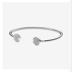 تلميع عالية 100٪ 925 الفضة الاسترليني الكلاسيكية المفتوحة الإسورة أساور أزياء المرأة الزفاف الاشتباك مجوهرات اكسسوارات