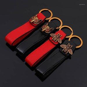 Bee Leather Metal Luxury Keychain Auto Car Waist KeyChains Black Red Leather Bee Luxury Keyrings Key Chain Keyholder1