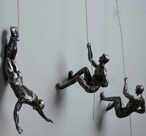 Industriestil Klettern Mann Harz Eisen Draht Wand Hanging Dekoration Skulptur Figuren Kreative Retro Heute Statue Dekor Geschenk