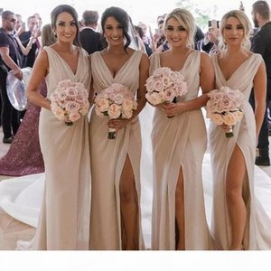 Champagne V Neck Cheap Country Bridesmaids Dresses 2019 Sheath Ruched High Split After Party Look Maid of Honors Gowns Wedding Guest Wear