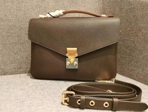 Luxurys Designer Crossbody Tasche Frauen Handtasche Geldbörsen Messenger geprägte Brief echtes Leder Pochette Metis Schulter Tragetaschen Taschen