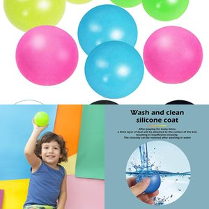 4pcs Wall Sticky Balls Throw Novelty Bambini Giocattoli per bambini Soffitto Luminoso Stress Stress Squash Aspirazione Catch Stick Ball 8BW2