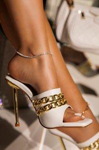Sandales Été Chaussons Femmes Mode Métal Chaîne Décoration Haute Chaussures Stiletto Square Toe Chaussures Mesdames