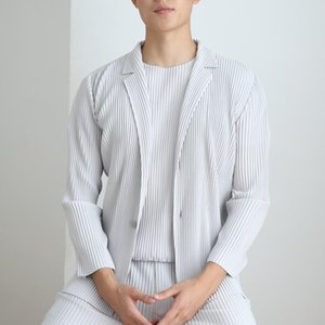 Yüksek Kaliteli erkek Rahat Issey Pileli Giysi Erkekler Uzun Kollu Ceketler Coat Japon Harajuku Hırka Erkek Fold Tops