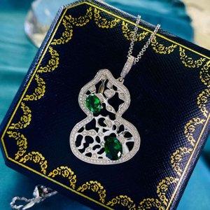 Hbp moda luxo 925 colar de prata esterlina feminino clássico em forma de O-shaped cadeia incrustado com diamante verde irregular esvazulou pingente de cabaça