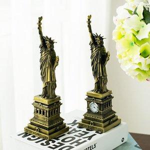 Large USA retro Statue of Liberty model tourist souvenir ornaments photography props decorations dies wedding