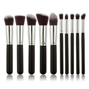 Pinceaux de maquillage 10pcs Set Fond de la poudre professionnelle Fondée à paupières Maquillage Brosses Cosmétiques Soft Synthetic Cheveux