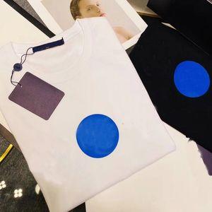 2021 Мужская футболка дизайнерская буква печатать экипаж шеи повседневные летние дышащие мужские женские футболки сплошные цвет топы тройки оптом