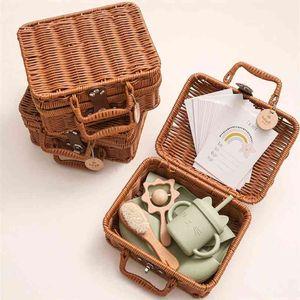 Let's Make Silicone Baby Feeding Tableware Set Bib Gift Rainbow Stacker Toy Birth Box 210913
