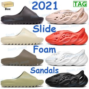 2021 Kanye Resina Tierra tierra marrón para hombre sandalias zapatos moda zapatilla espuma corredor triple negro blanco naranja hollín hombres mujeres zapatillas zapatillas de deporte