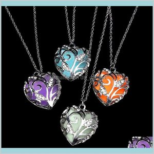Pendant Pendants Jewelry Valentines Day Blue Glowing Heart Necklace Dark Fairy Magical Glow In The Darks Necklaces Drop Delivery 2021