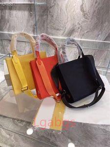 도매 luxurys 디자이너 여성 어깨 가방 패션 크로스 가블 Womens Messenger Lady Satchel 방수 캔버스 체인 핸드백 다기능 화장품 가방