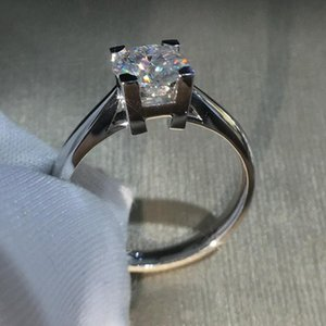 White Gold Moissanite Ring Special Design HW VVS1 Round Brilliant Cut 1ct 2ct 3ct Anniversary Gift For Woman Cluster Rings