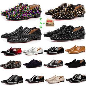 Бренд Мужская красная нижняя обувь Дизайнер Низкий Плоский Заклепки Человек Бизнес Банкетный Платье Обувь Люквины Патент Замшевые Шипы Натуральная Стилизация Кожа