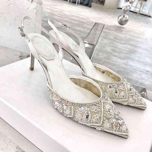 Тапочки 2021 Летнее заостренное банкетное платье кружева сандалии модные шпильки женские Baotou горный хрусталь белые свадебные свадебные туфли H