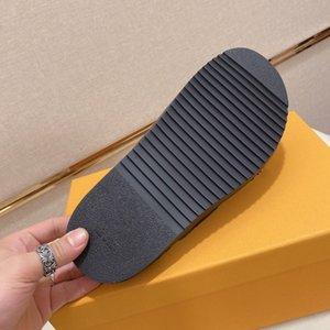 Erkekler Tasarımcı Flip Flop Sandalet Terlik Üst Qulity Beraberlik Dize Yaz Slaytlar Lüks Düz Erkek
