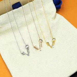 Mode Charm Colliers Collier en acier Titanium Haute Qualité Collier Diamant Collier Collier Collier Personnalisé