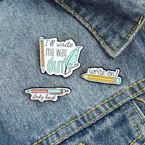 Write on Pencil Enamel Brooches Pin for Women Fashion Dress Coat Shirt Demin Metal Funny Brooch Pins Badges Promotion Gift 2021 New Design