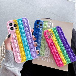 Creative Revive Stress Pop Fidget Pop Fidget Cas de téléphone pour iPhone 12 Mini Pro Max iPhone 11 Pro Max Cas Max Mini XR XS MAX 7 8 6 Plus Bubble Rainbow Silicone Silicone Cas de téléphone portable