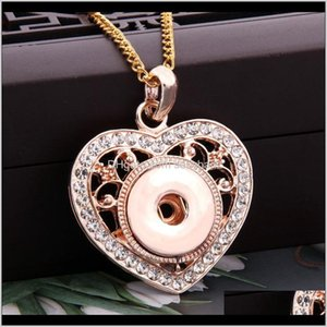 Pingente colares pendentes entrega 2021 Rose Gold Coração-em forma de Strass Botões Colar Fit DIY Ginger Encantos 18mm Botão Snap