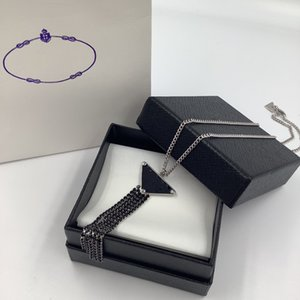 Luxury Symbole Pendant Necklaces Fashion for Man Woman Highly Quality Women Party Wedding Fringes Triangles Lovers gift hip hop jewelry